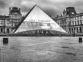 Pyramide du Louvre/Paris